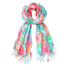 Lilly scarf oh shello